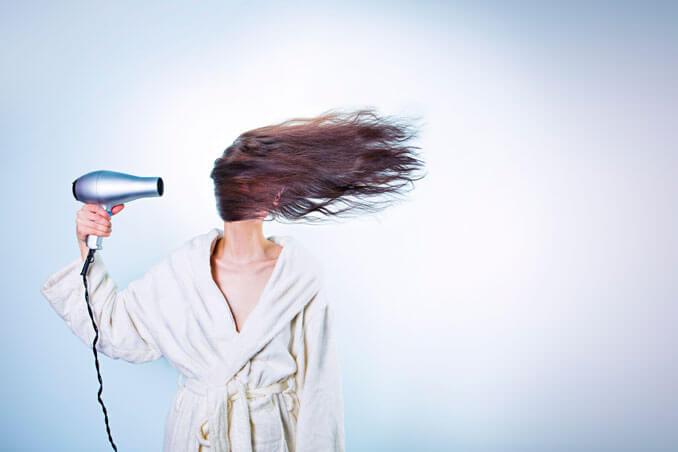 Consejos para utilizar correctamente el secador de pelo