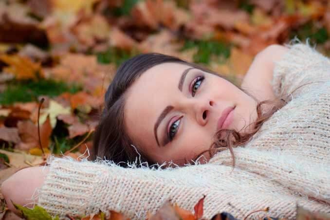 ¿Por qué se produce la caída del pelo en otoño?