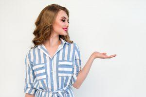 Consejos para ubicar la raya del pelo según el tipo de rostro - El Círculo de la Belleza
