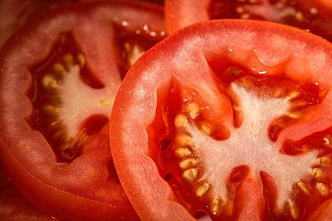 Beneficios del tomate para la piel - El Círculo de la Belleza
