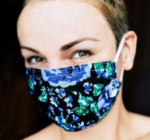 Maquillaje con mascarilla - El Círculo de la Belleza