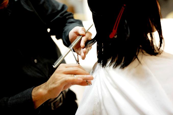 Cortar el cabello con luna nueva - El Círculo de la Belleza