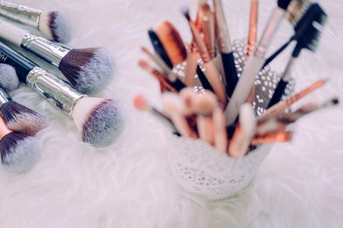 Trucos para lograr un maquillaje rejuvenecedor