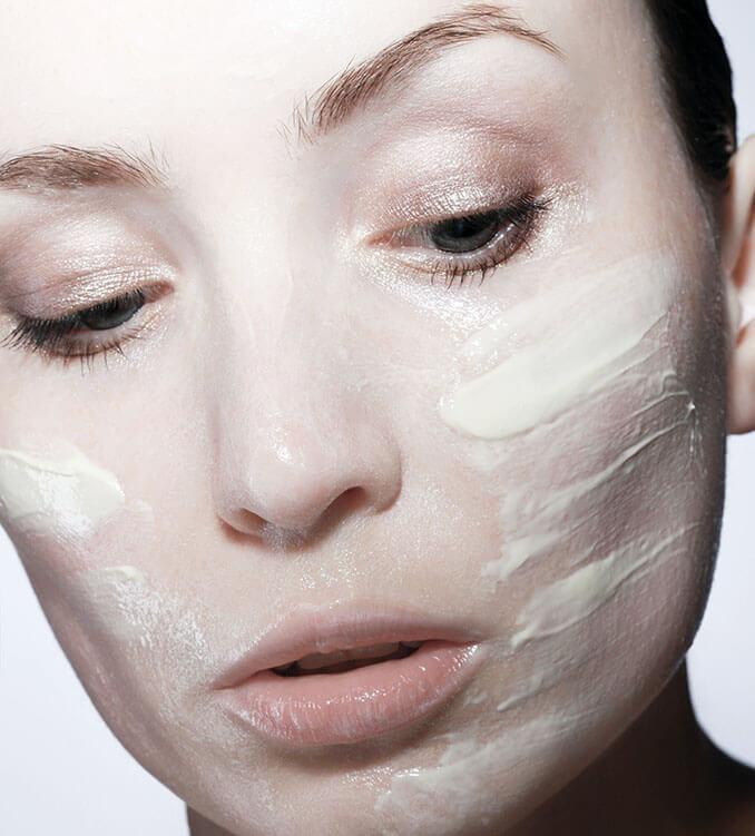 Mascarilla para combatir las pieles grasas - El Círculo de la Belleza
