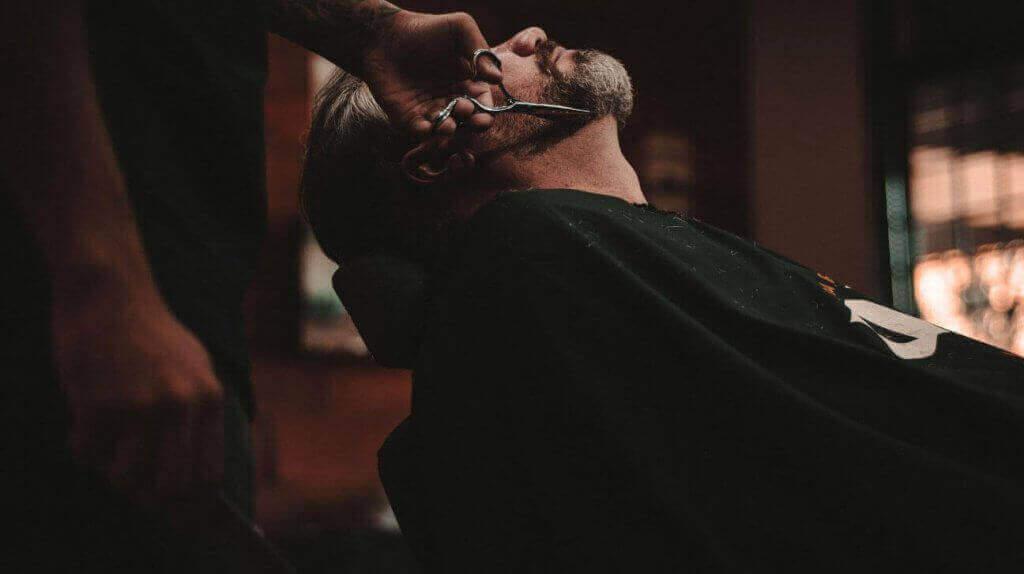 Oferta Corte caballero + masaje + higiene facial - El Círculo de la belleza